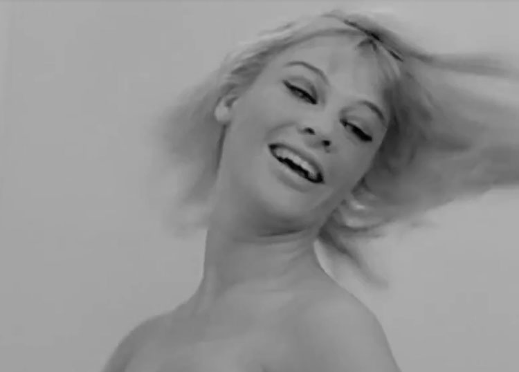 Julie Christie Darling 1966