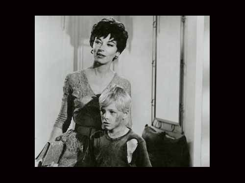 Lee Grant and Richard Bray in Terror in the City (1964)