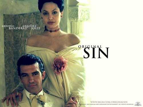 Angelina Jolie in Original Sin 2001